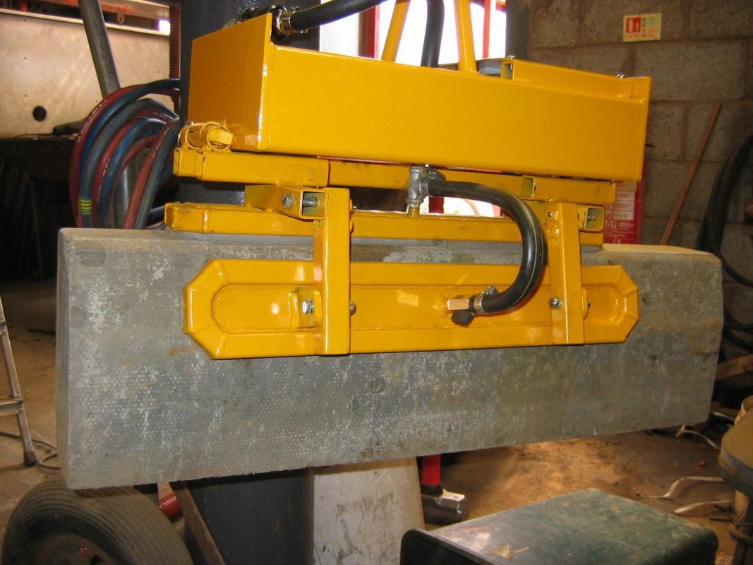 Portable Vacuum Lifting Equipment : Vacuum lifting devices the company